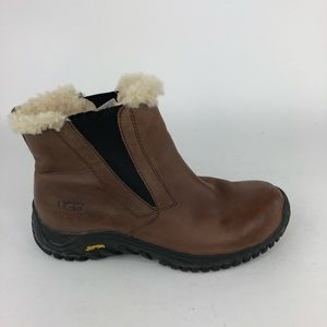 UGG Australia Leather Lined Boots Elastic Pull On